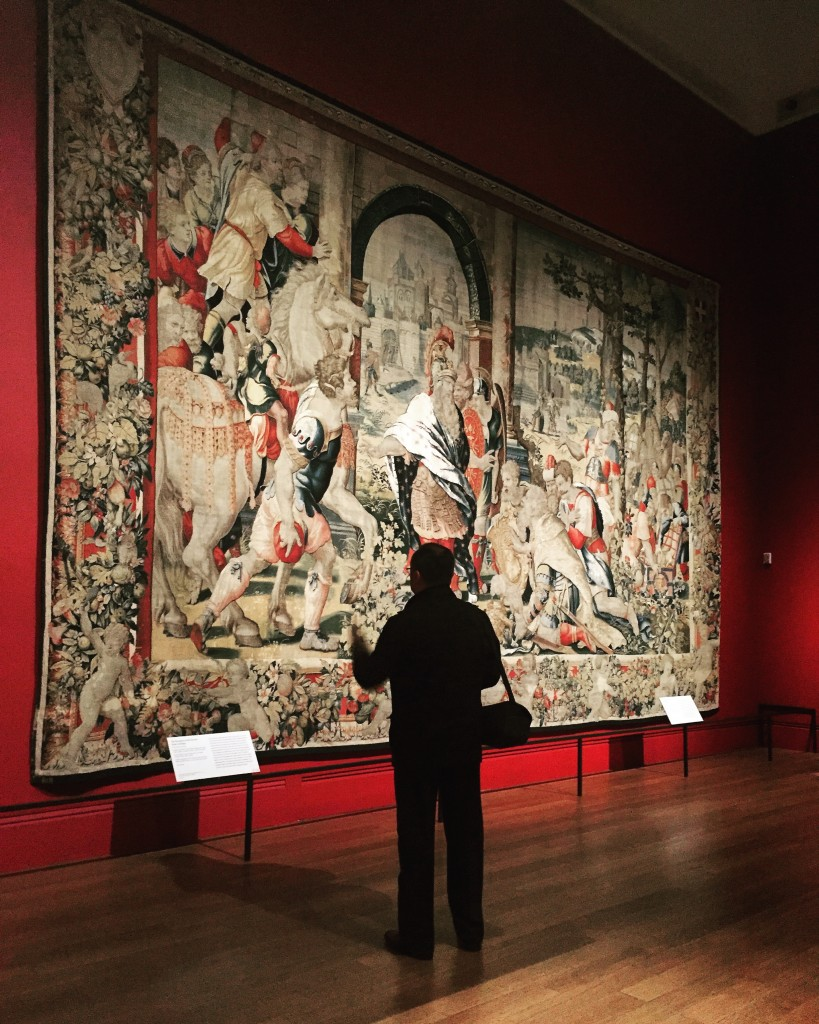 Vista de uno de los tapices de 'Woven Gold: Tapestries of Louis XIV'. Foto: Victoria Infante