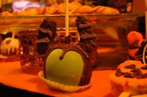 Manzana en forma de Maléfica. Foto: Ser mamá latina