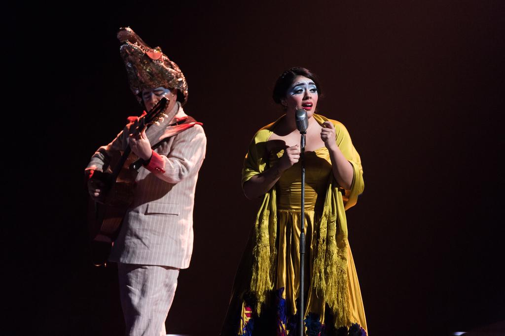 Majo Cornejo, cantante de Luzia